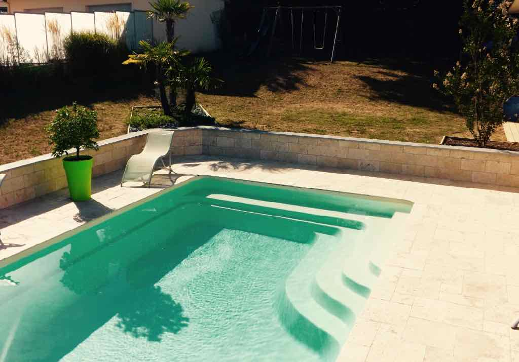 piscine coque France Piscine, modèle Bermudes
